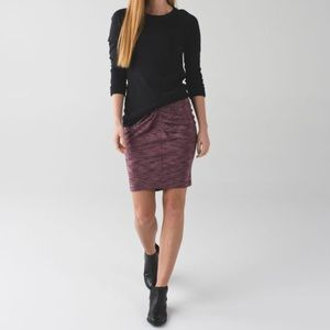 lululemon | &go where to skirt bordeaux drama (6)